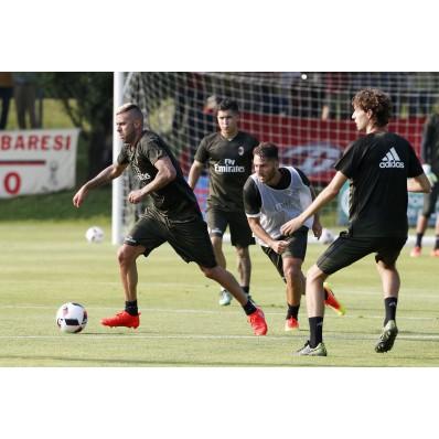 Allenamento AC Milan modello