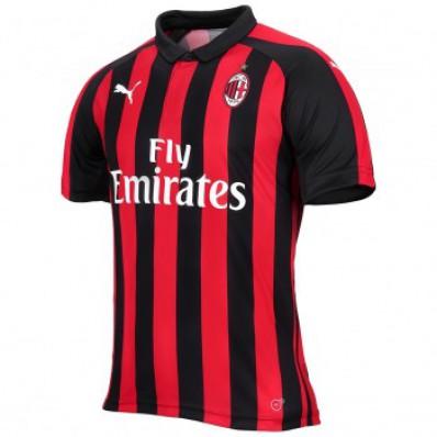 completo calcio AC Milan gara